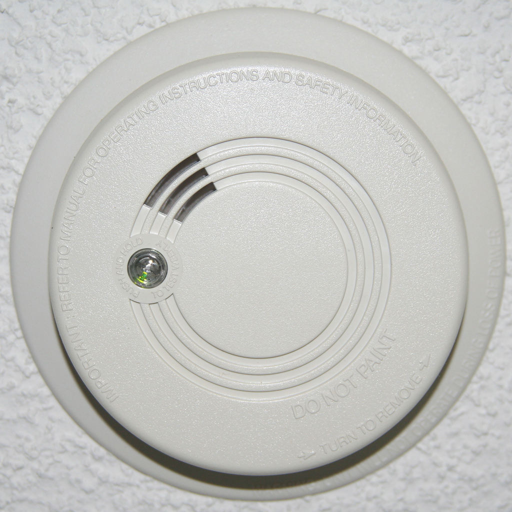 Smoke detector in bedroom